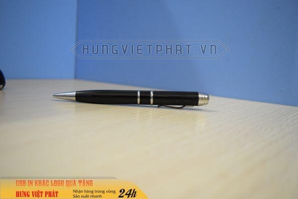 BUV-301-mau-den-But-USB-laser-3in1-khac-logo-lam-qua-tang-khach-hang-2-1474517122.jpg