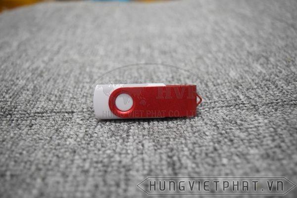 KTX-M---USB-in-khac-logo-Astrazeneca-lam-qua-tang-6-1497435674.jpg