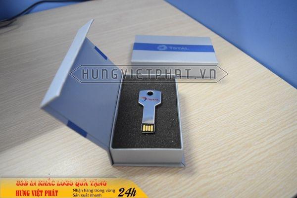 UCV-001-usb-chia-khoa-qua-tang-in-khac-logo-doanh-nghiep-1470647429.jpg