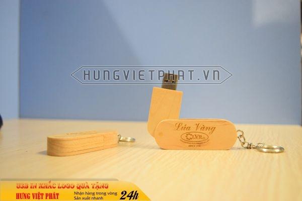 UGV-007-usb-vo-go-in-khac-logo-doanh-nghiep-lam-qua-tang2-1470649971.jpg