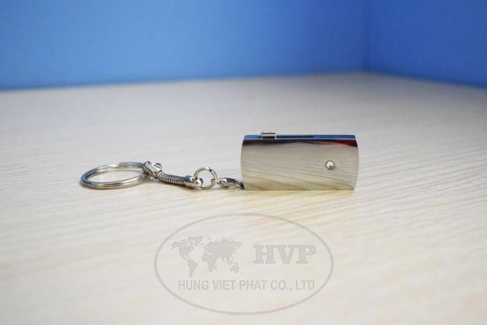 UKV-006-in-logo-lam-qua-tang-khach-hang-3-1529124527.jpg
