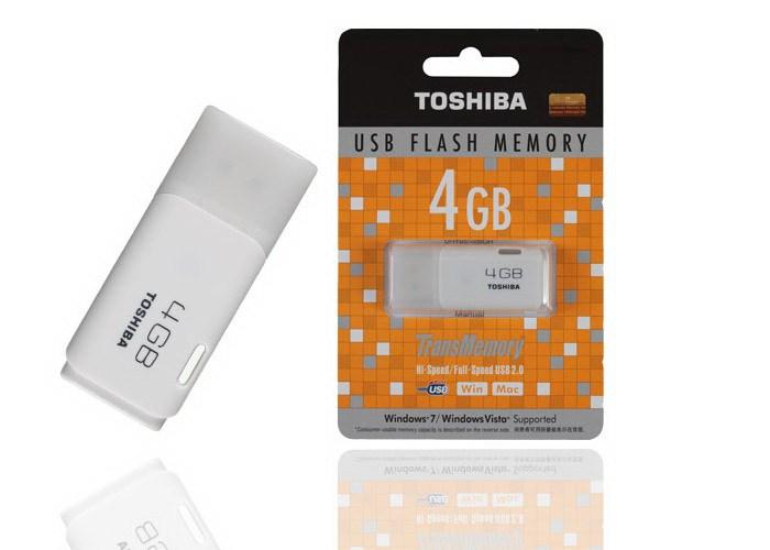 UTS 002 - USB TOSHIBA 4GB