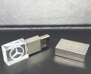 USB-pha-le---UPLV-013-3-1418374763.jpg