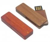 UGV 004 - USB Gỗ Xoay