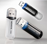 UA 001 - USB ADATA 2GB